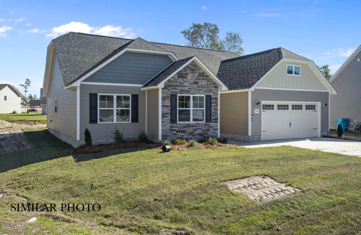 100 Woodwater Drive, Richlands, North Carolina 28574, 3 Bedrooms Bedrooms, ,2 BathroomsBathrooms,Residential,For Sale,Woodwater,100233287