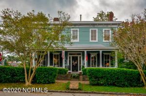 120 Nun Street, Wilmington, NC 28401