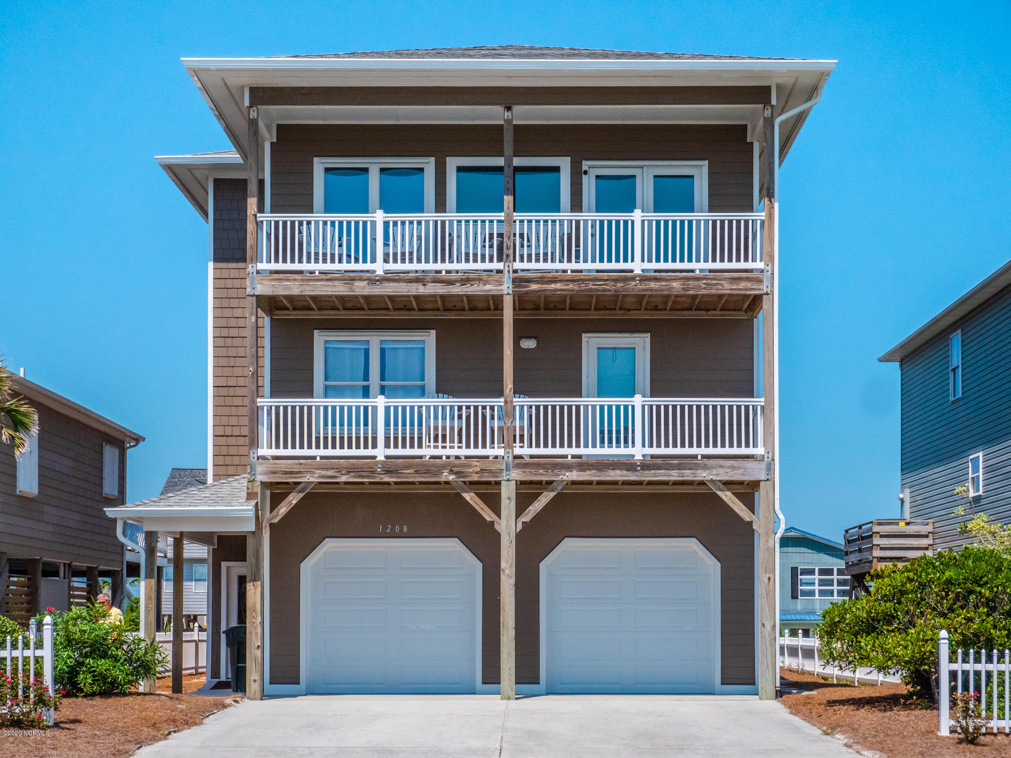 1208 Ocean Boulevard, Topsail Beach, North Carolina 28445, 3 Bedrooms Bedrooms, ,3 BathroomsBathrooms,Residential,For Sale,Ocean,100234657