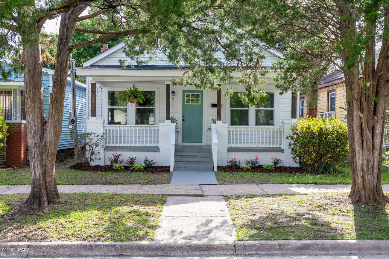611 14th Street, Wilmington, North Carolina 28401, 2 Bedrooms Bedrooms, ,1 BathroomBathrooms,Residential,For Sale,14th,100234561