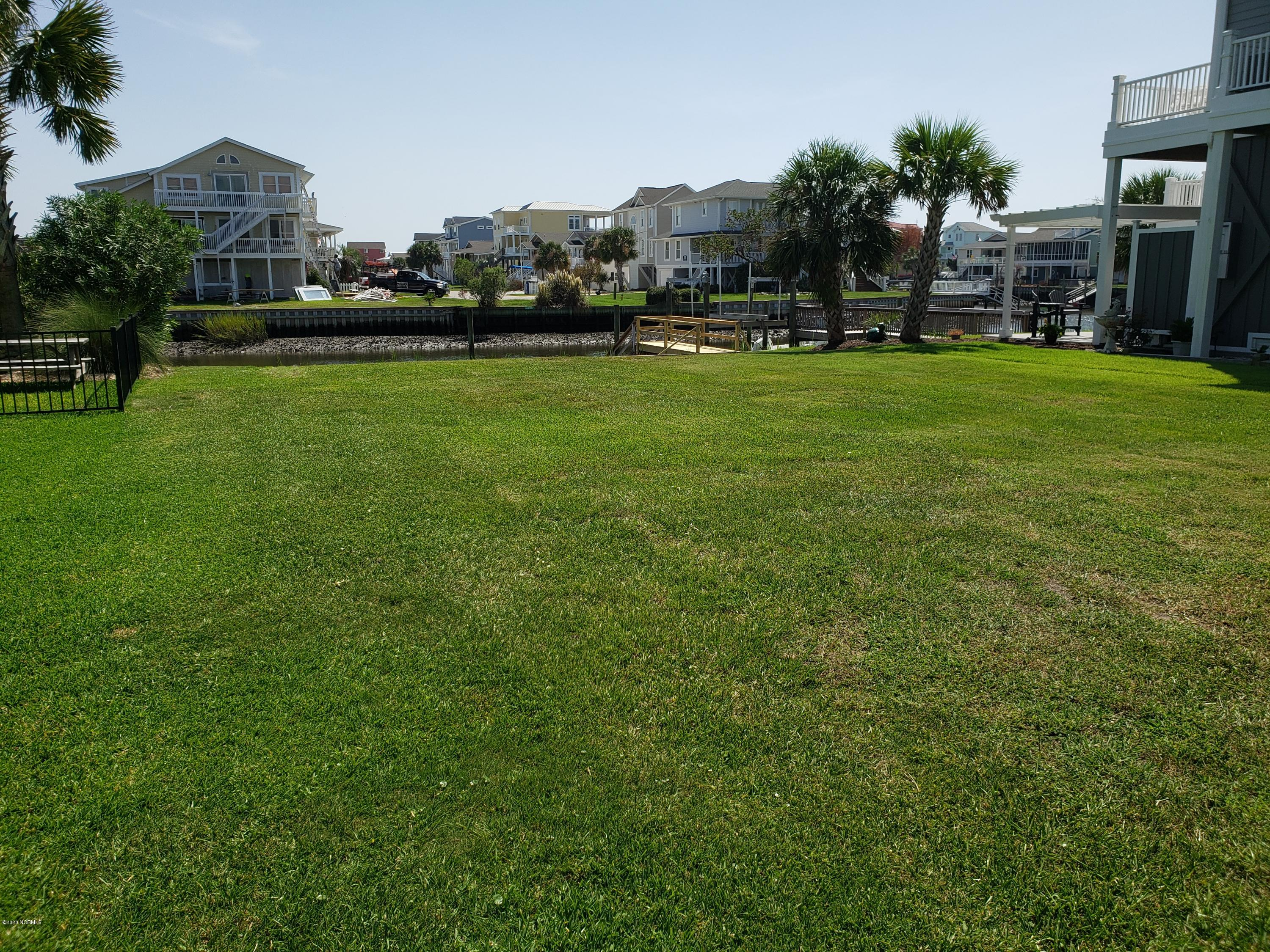 189 High Point Street Holden Beach, NC 28462
