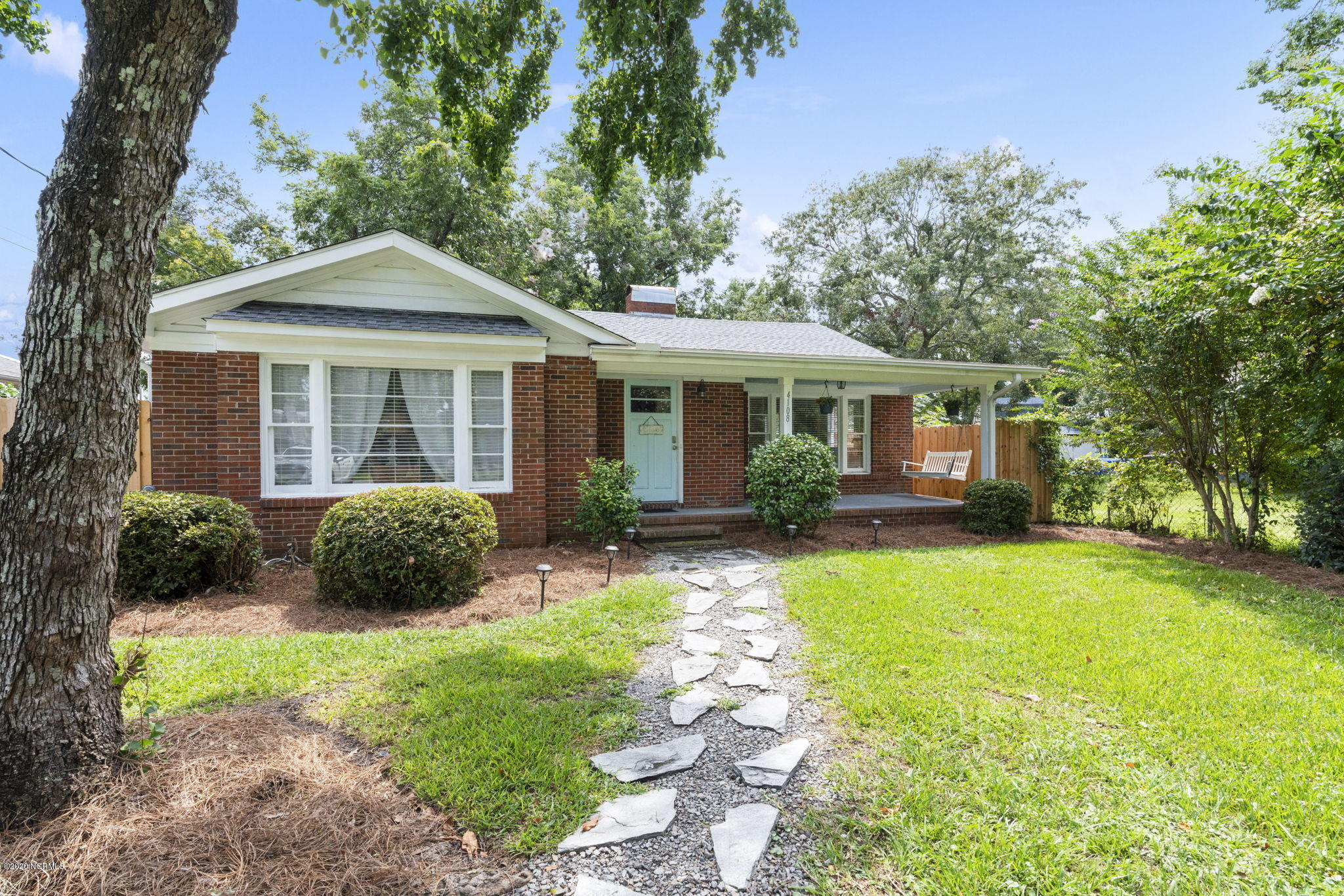 4108 Peachtree Avenue, Wilmington, North Carolina 28403, 3 Bedrooms Bedrooms, ,2 BathroomsBathrooms,Residential,For Sale,Peachtree,100235299