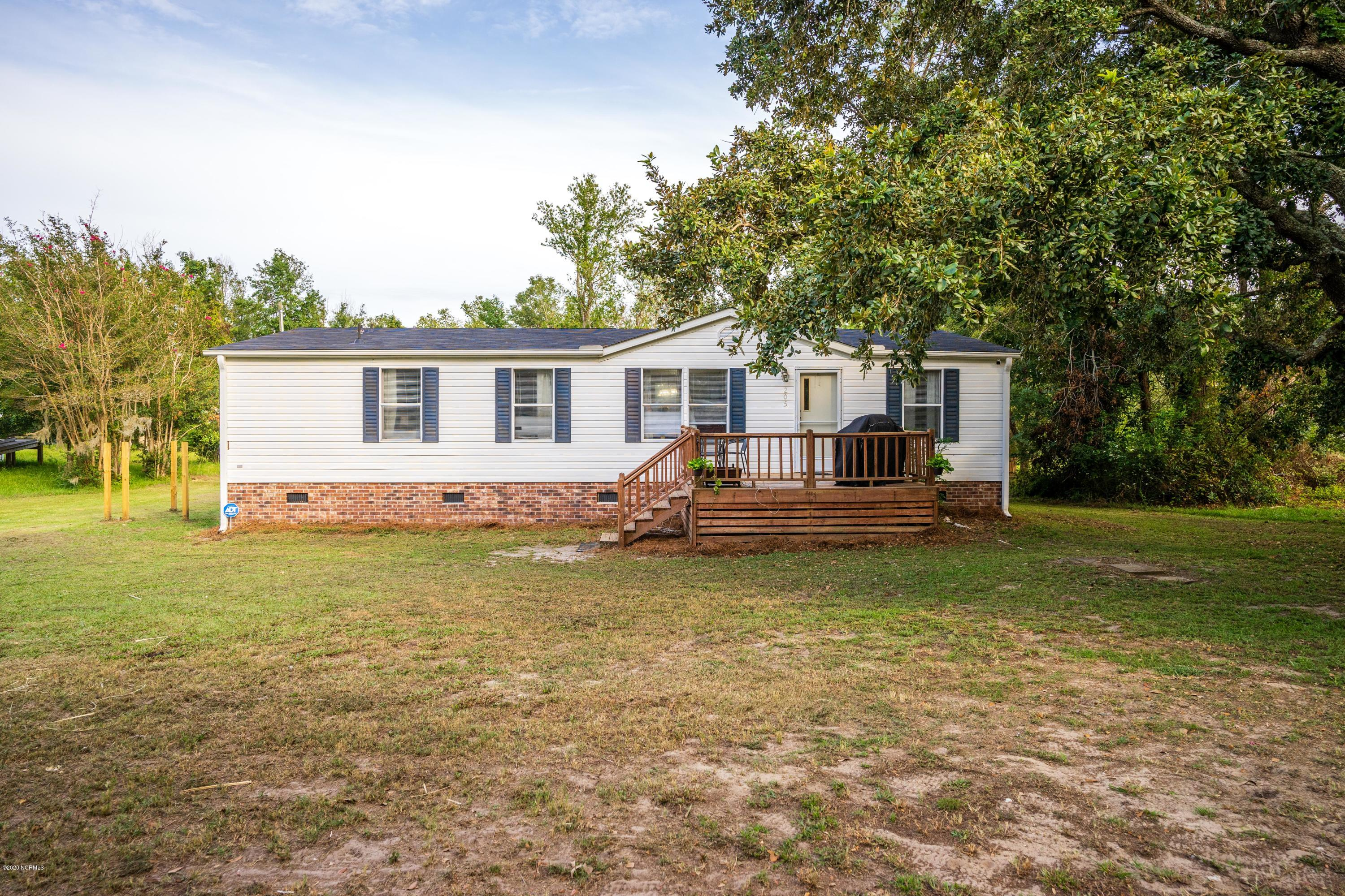 205 Dogwood Lane, Hampstead, North Carolina 28443, 3 Bedrooms Bedrooms, ,2 BathroomsBathrooms,Residential,For Sale,Dogwood,100235620