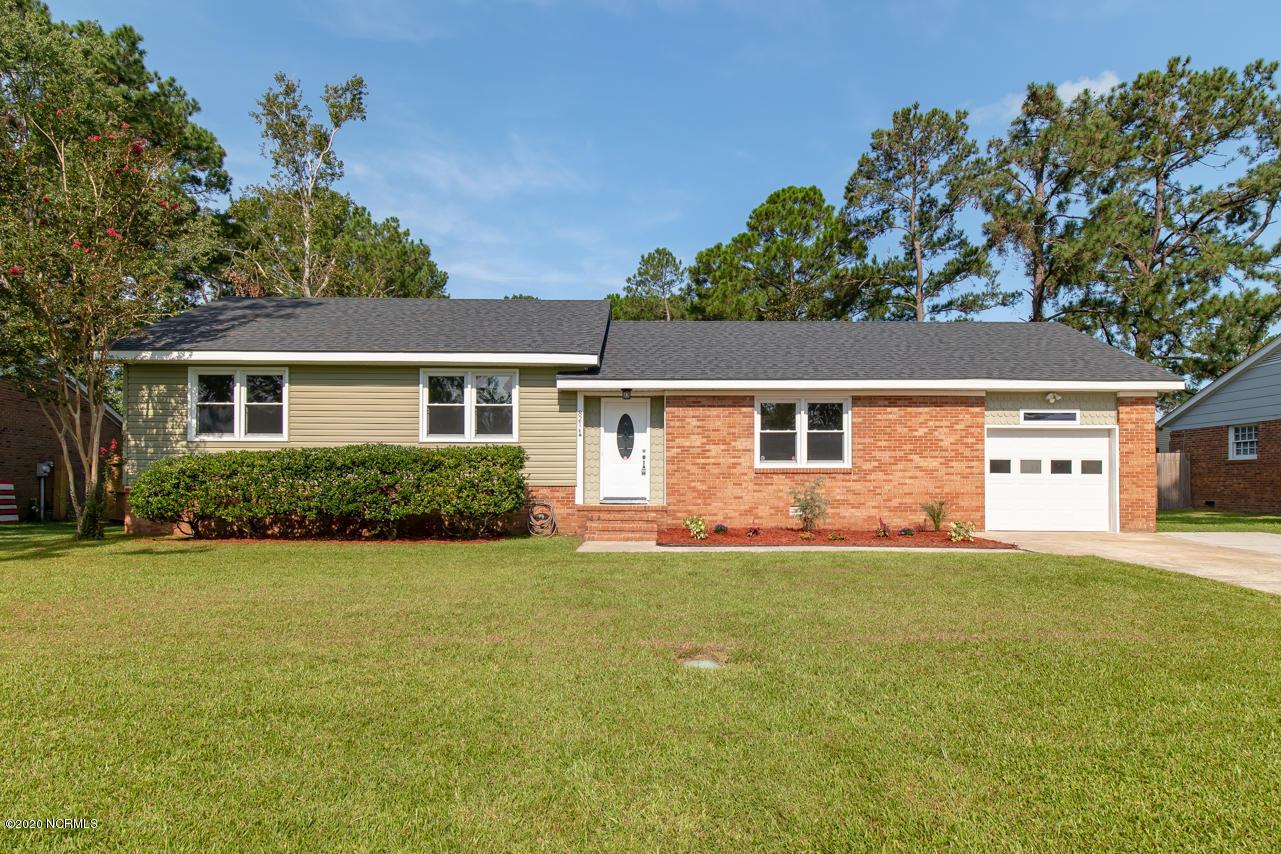 821 Oakwood Avenue, Jacksonville, North Carolina 28546, 3 Bedrooms Bedrooms, ,2 BathroomsBathrooms,Residential,For Sale,Oakwood,100235717