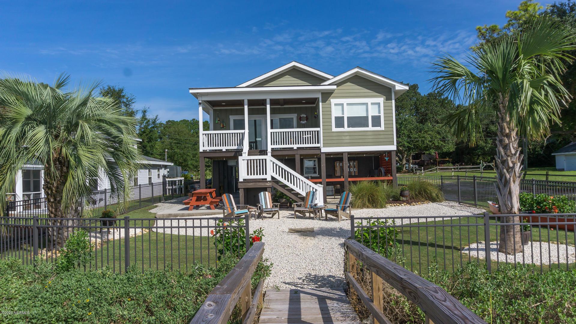 7005 Lester Street Ocean Isle Beach, NC 28469