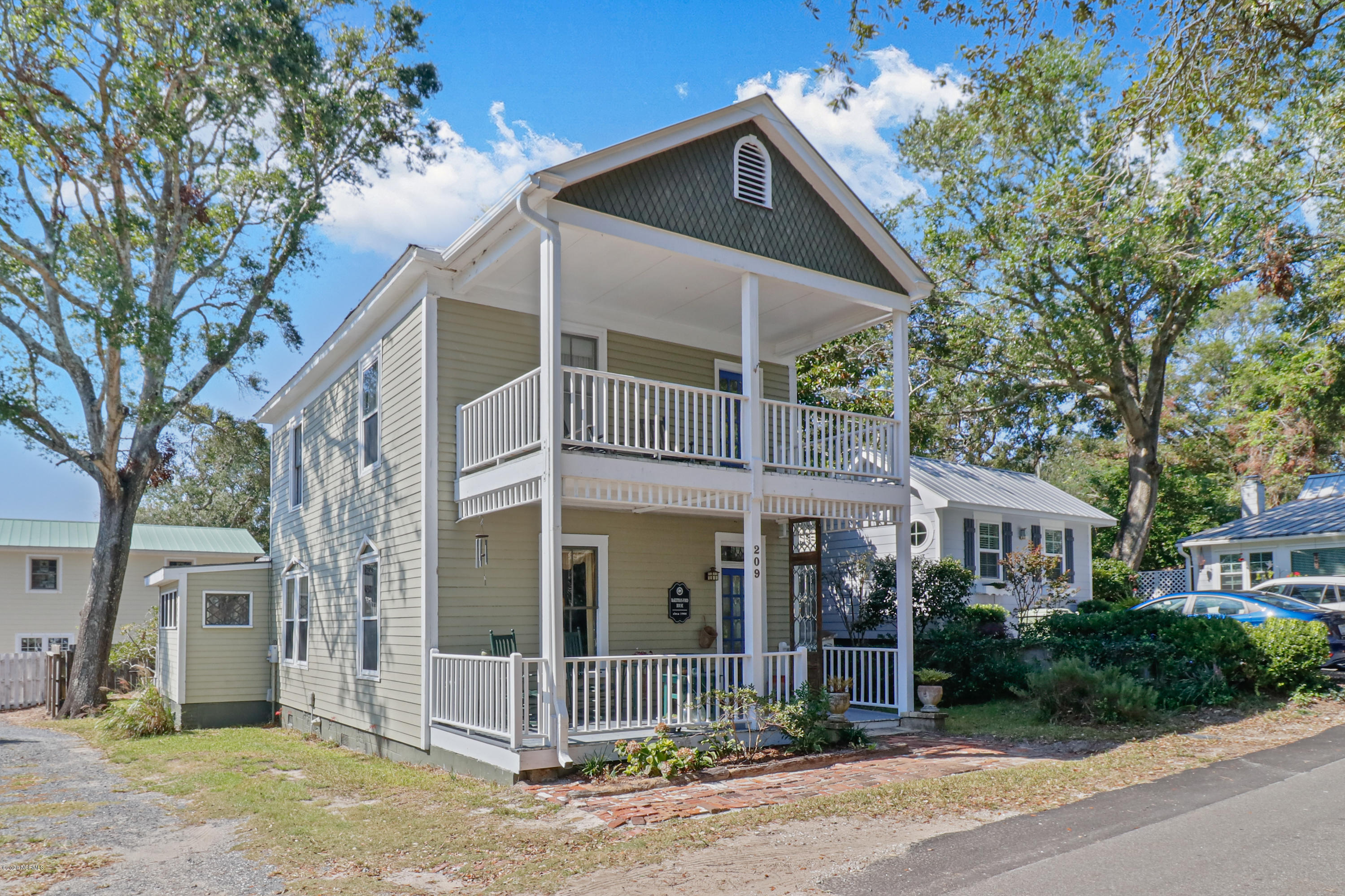 209 Short Street Southport, NC 28461