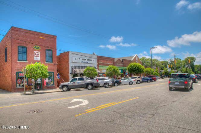 209 Short Street Southport, NC 28461