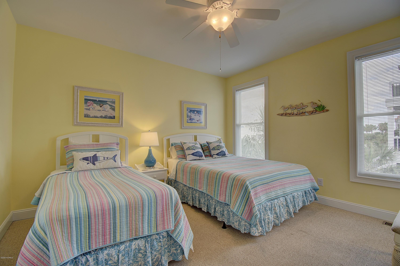 1355 Ocean Boulevard Holden Beach, NC 28462