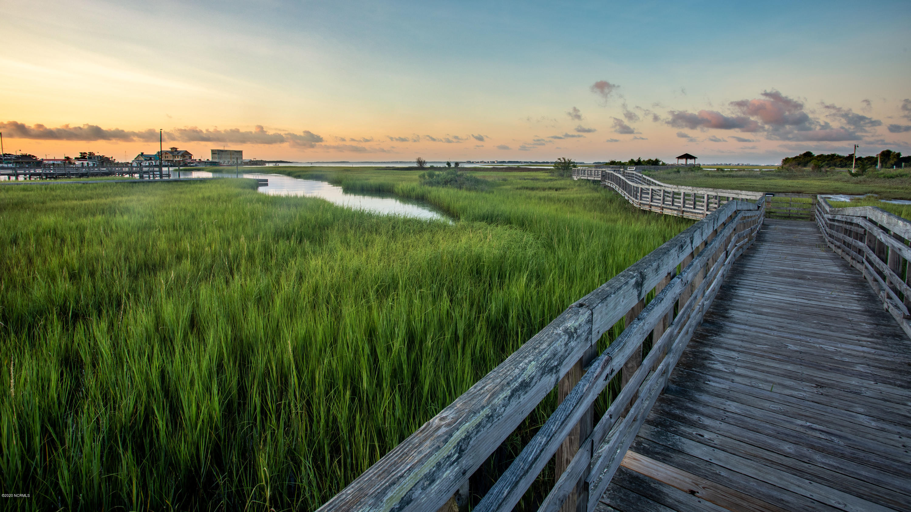 998 N Caswell Avenue Southport, NC 28461
