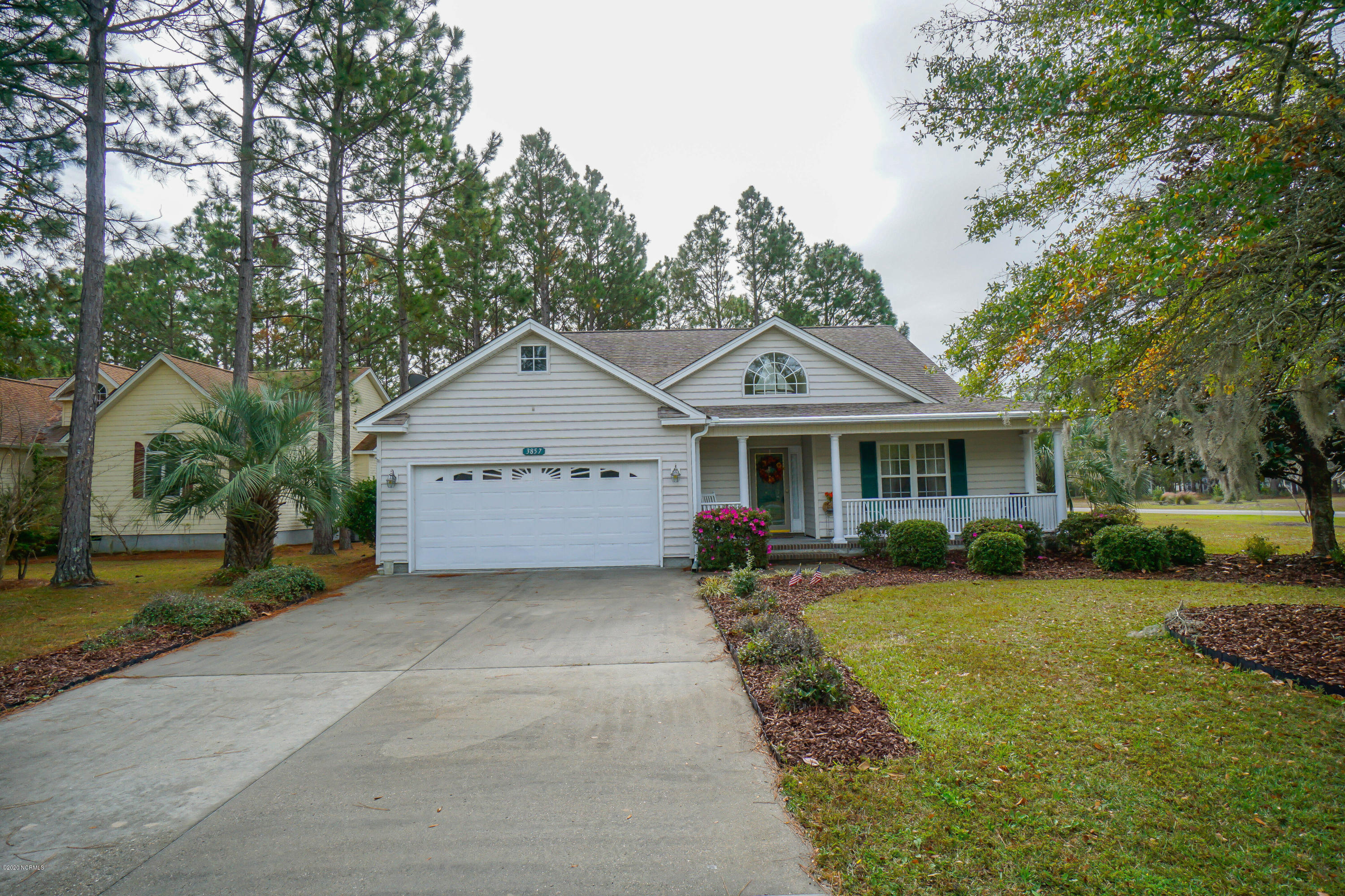 3857 Waterlilly Lane Southport, NC 28461