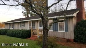 416 E Lewis Street, Whiteville, NC 28472
