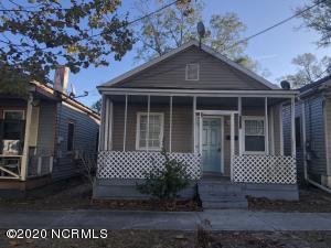 1105 S 2nd Street, Wilmington, NC 28401