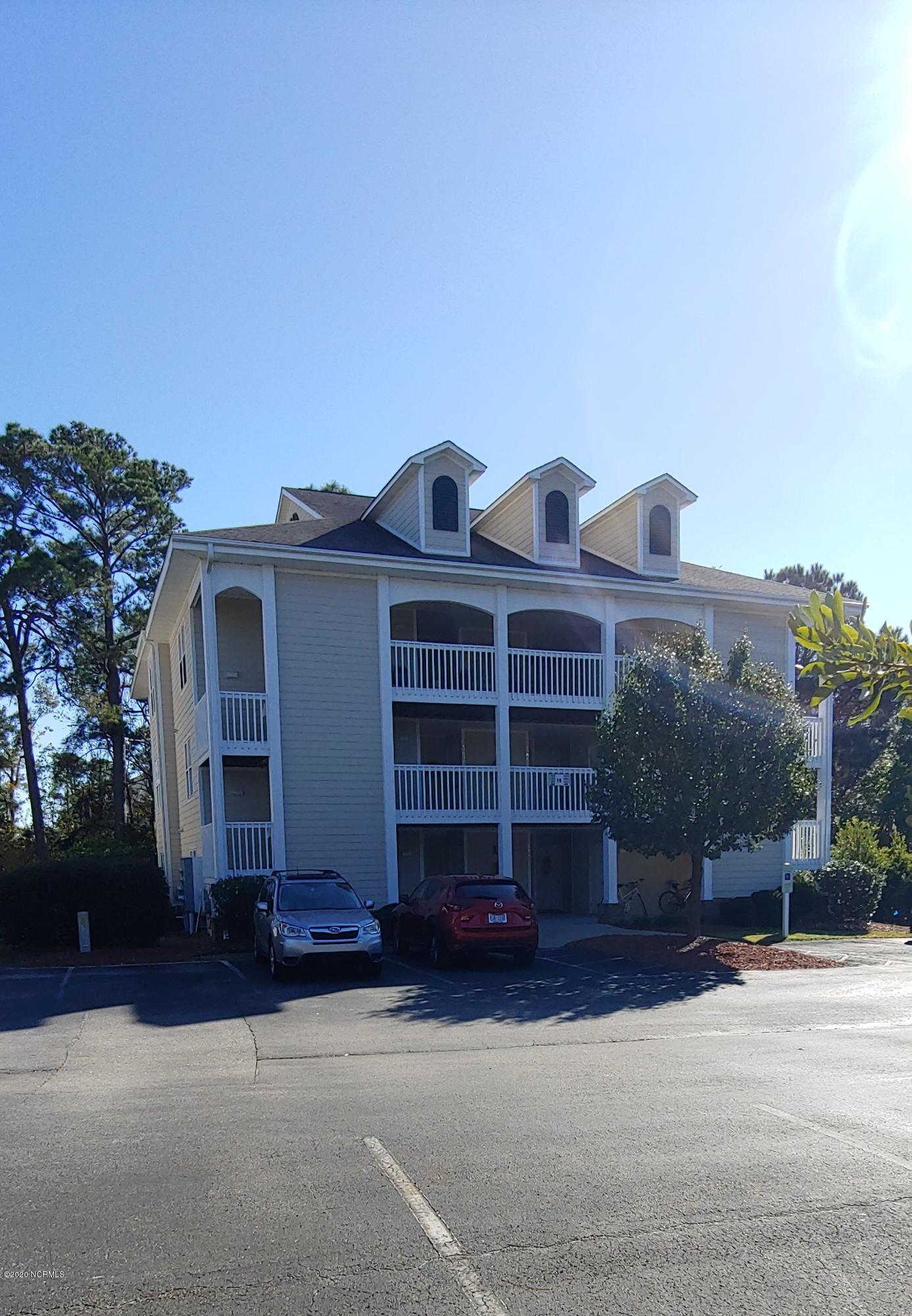 3350 Club Villa Drive UNIT #1906 Southport, NC 28461