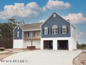 102 Topsail Watch Lane, Hampstead, NC 28443