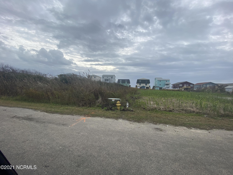 Lot 11 E Pelican Drive Oak Island, NC 28465