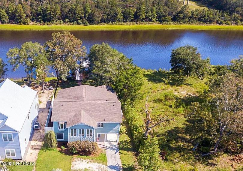 404 E Yacht Drive Oak Island, NC 28465