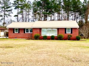 5643 White Plains Church Road, Council, NC 28434