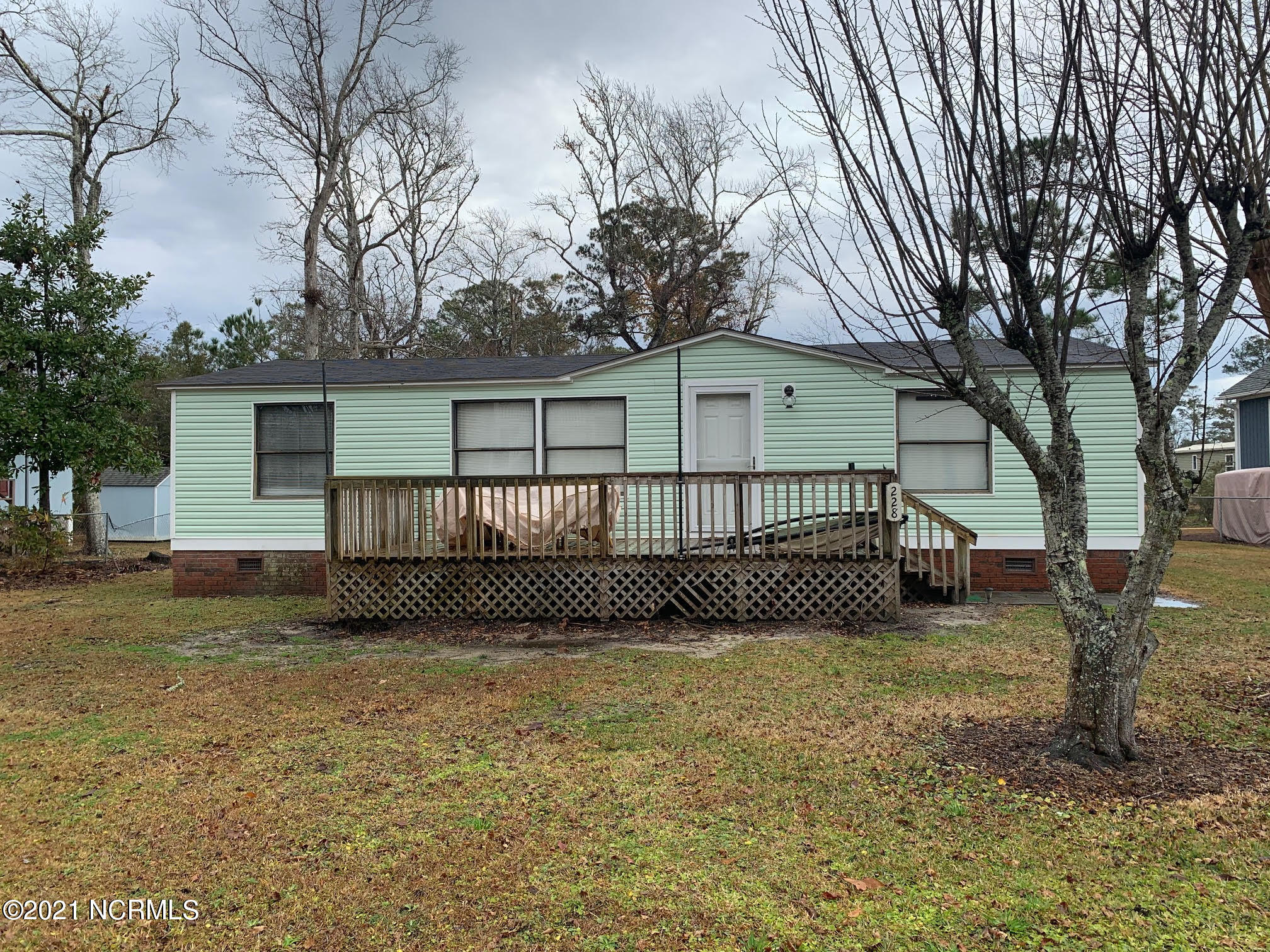 228 NE 76th Street Oak Island, NC 28465