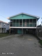 822 S Topsail Drive, Surf City, NC 28445