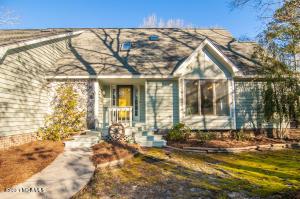 100 Mockernut Lane, Washington, NC 27889