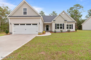 87 Cirrus Court, Hampstead, NC 28443