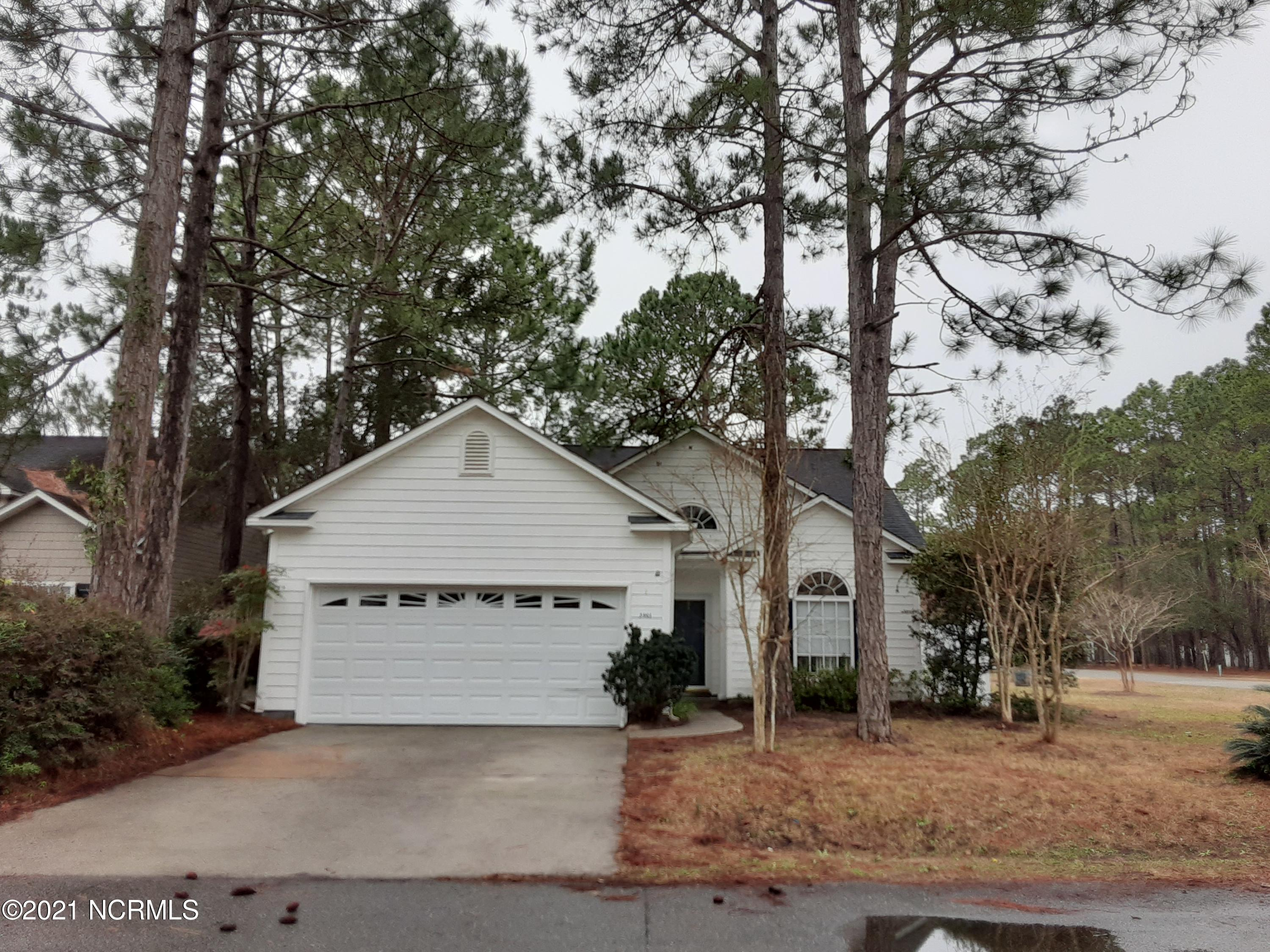 3901 Pepperberry Lane Southport, NC 28461
