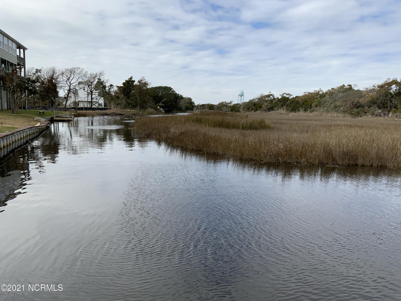 4006 E Dolphin Drive Oak Island, NC 28465