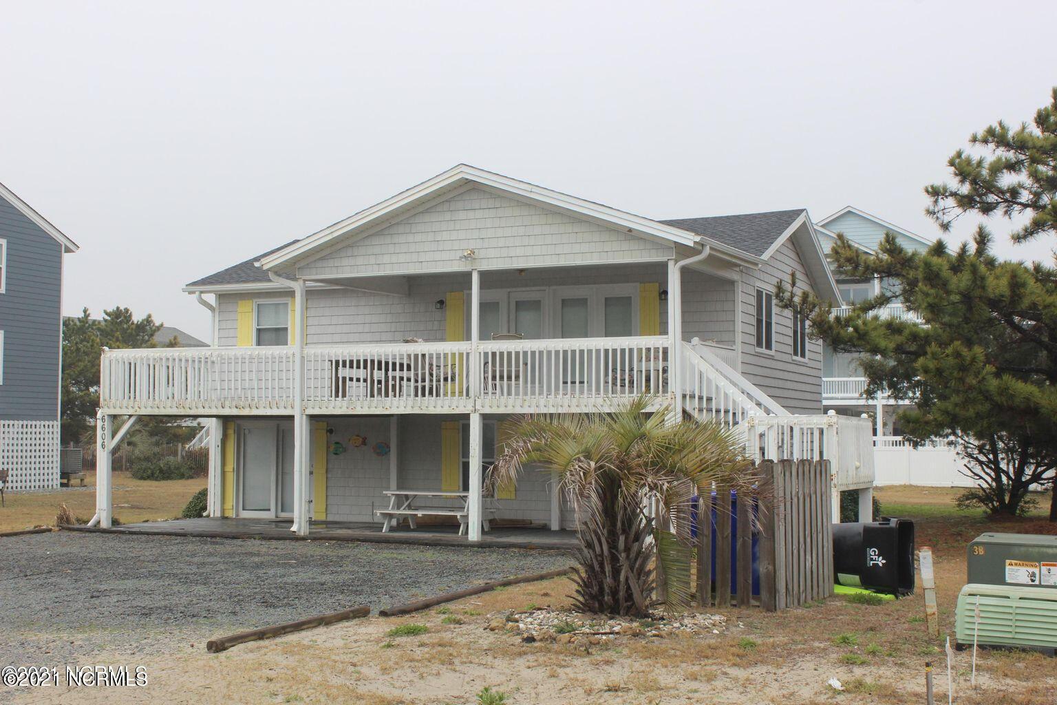 6606 W Beach Drive Oak Island, NC 28465