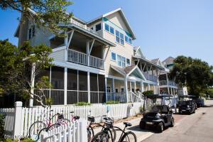 Marsh Harbor Inn