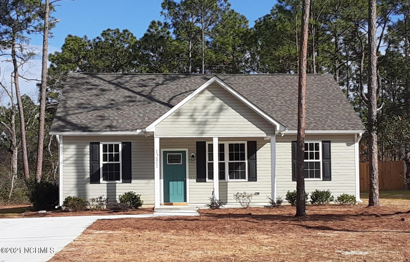 1120 Maple Road Southport, NC 28461