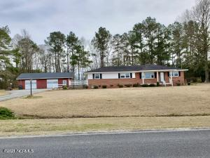 1271 Lawrence Tedder Road, Whiteville, NC 28472