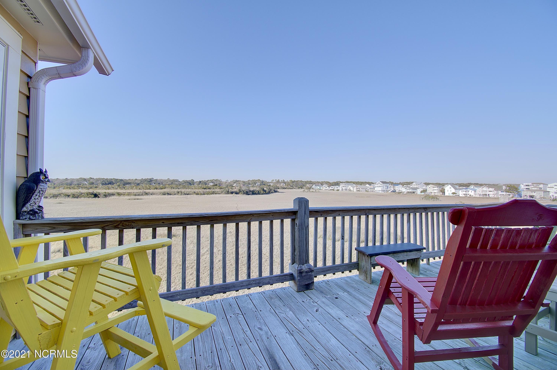 612 Ocean Boulevard Holden Beach, NC 28462
