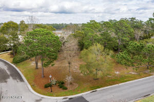 825 1 Howes Point Place, Wilmington, NC 28405