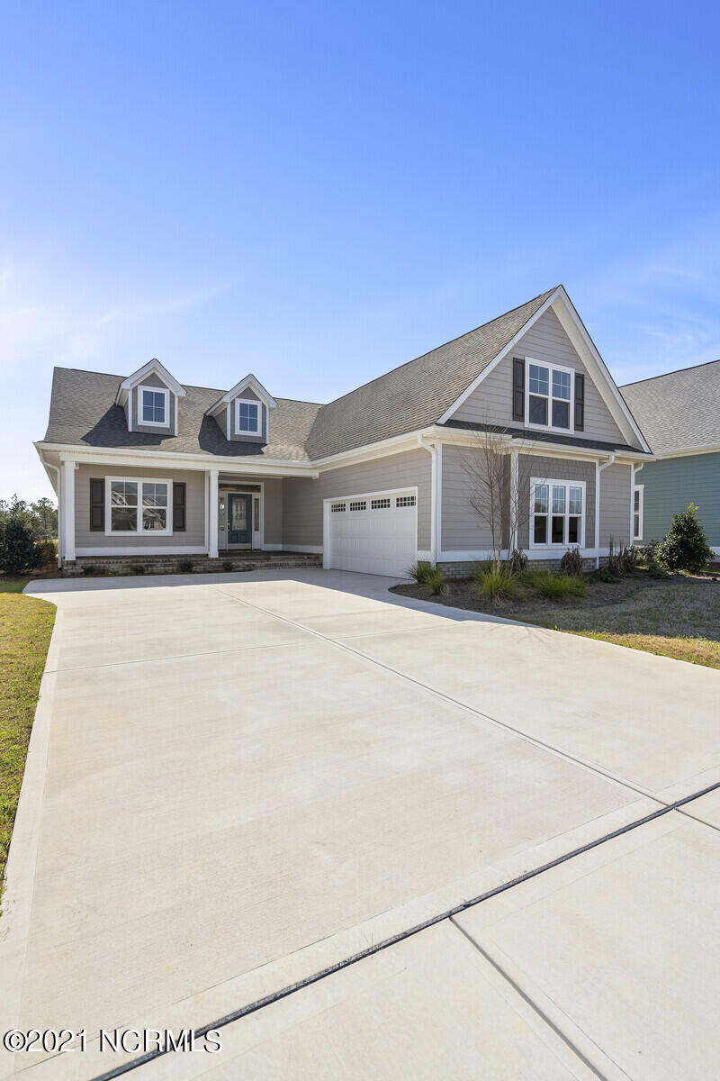 3453 Lake Club Circle Oak Island, NC 28461