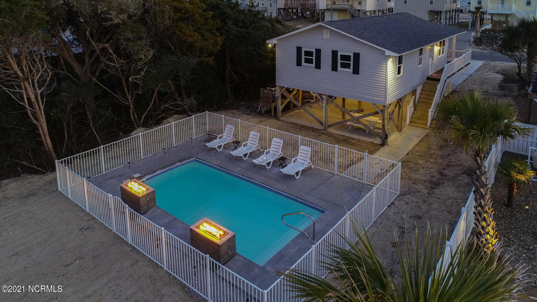 220 W Dolphin Drive Oak Island, NC 28465