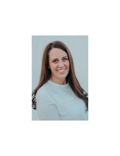 Emily Reinewald agent image