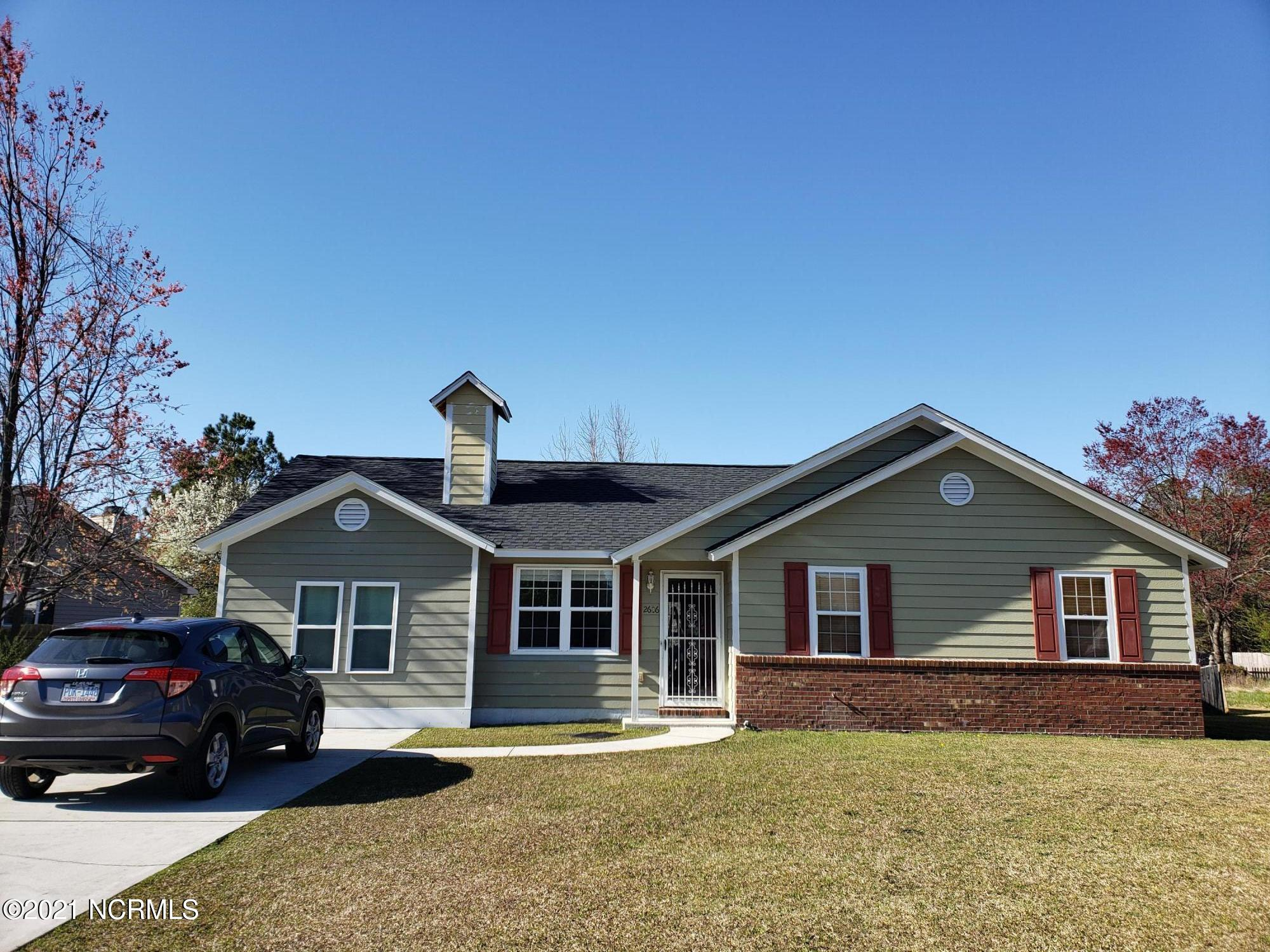 This adorable home has it all! New roof in 2019. 3 bedroom, 2 bath with extra large bonus room. Conveniently close to restaurant, shopping & base. Must see!!