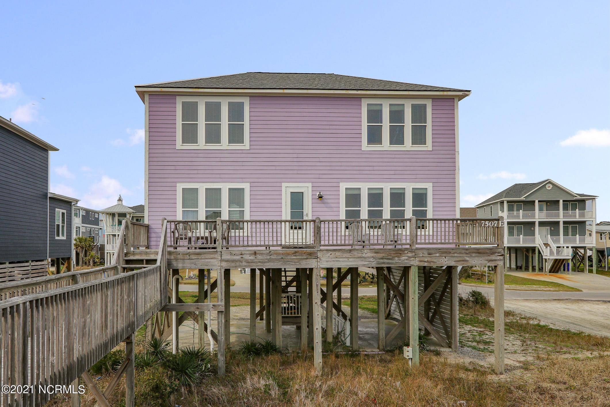 7507 E Beach Drive Oak Island, NC 28465