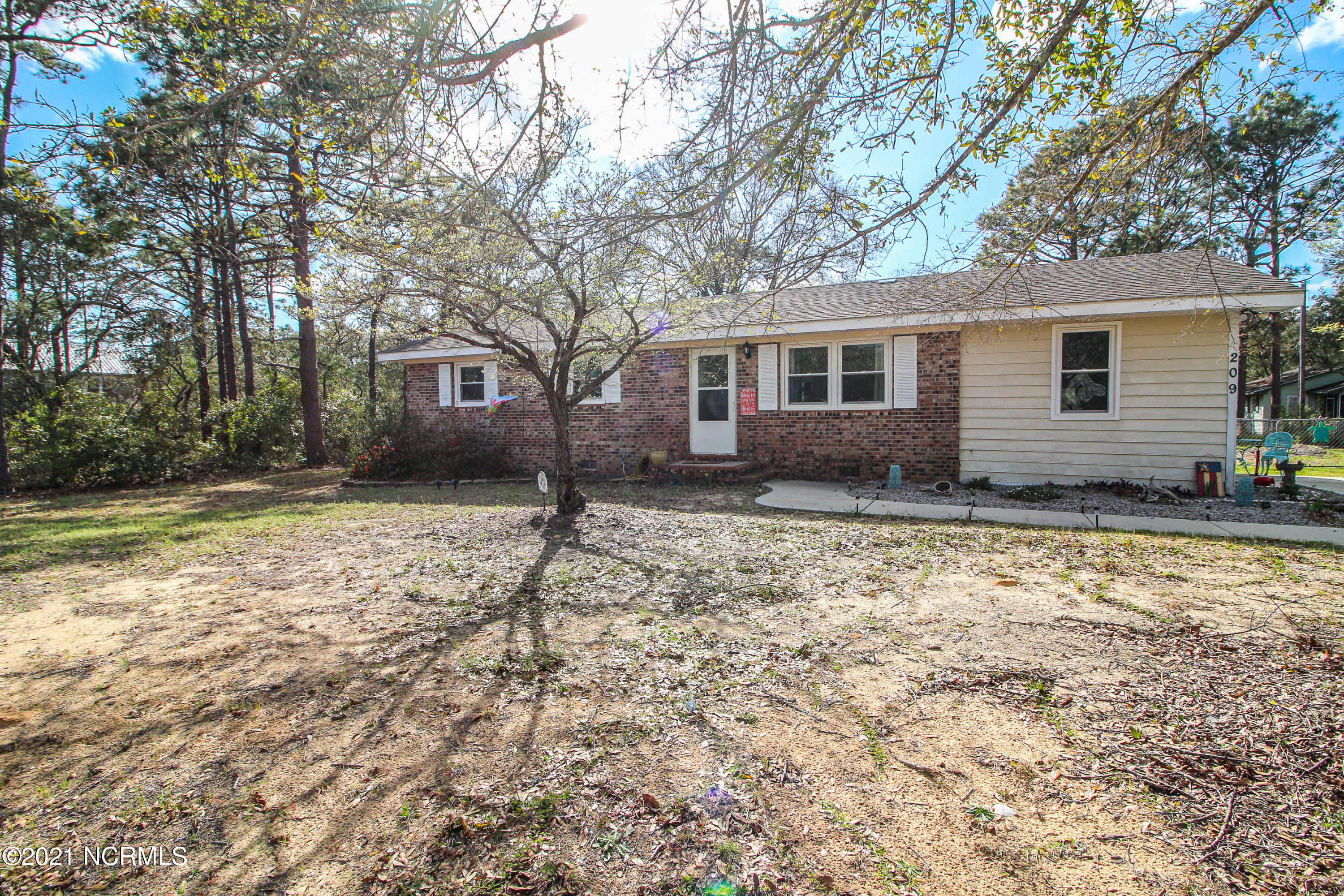 209 NE 39th Street Oak Island, NC 28465