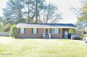 305 Minshall Drive, Stantonsburg, NC 27883