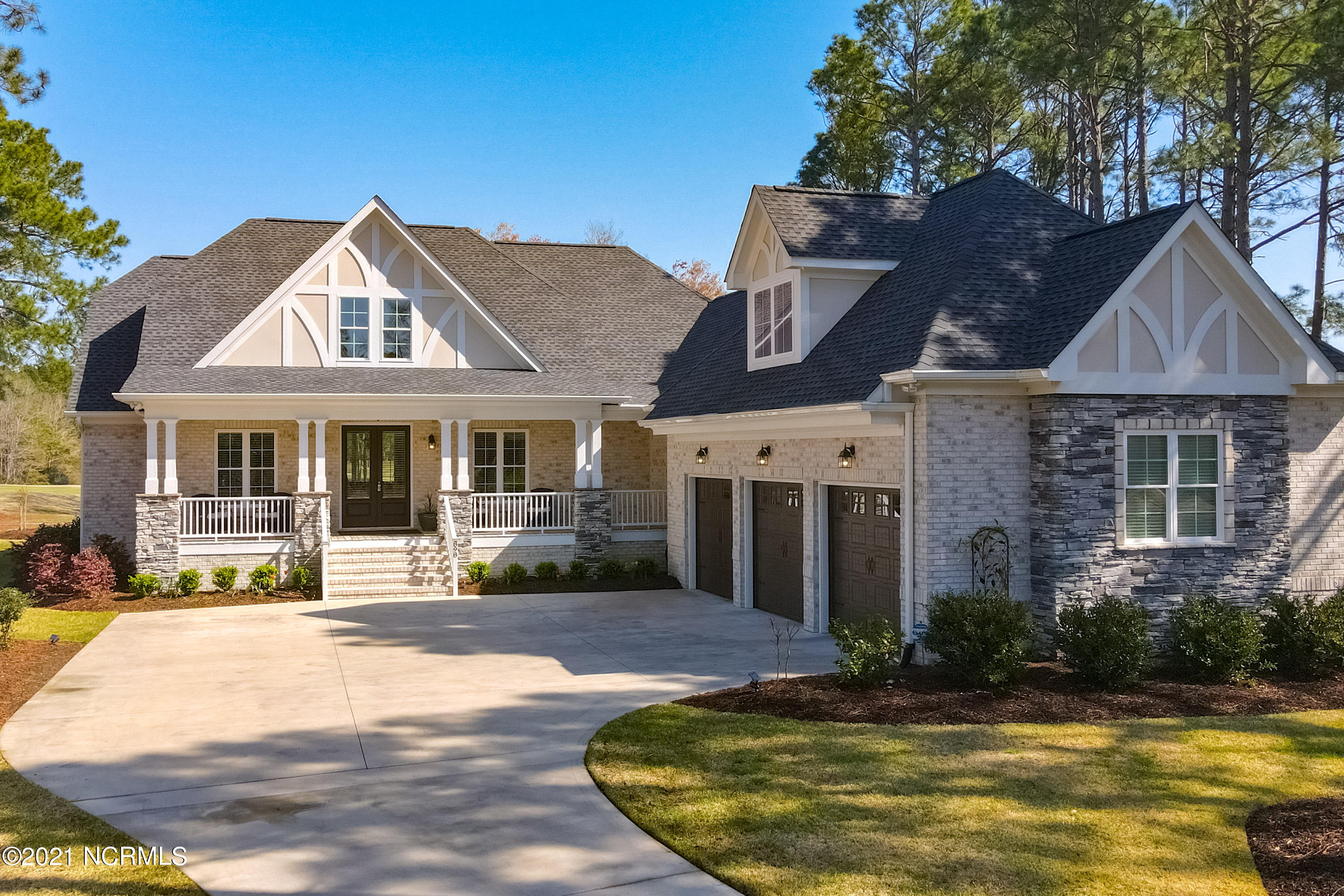 898 Strathaven Lane Sunset Beach, NC 28468