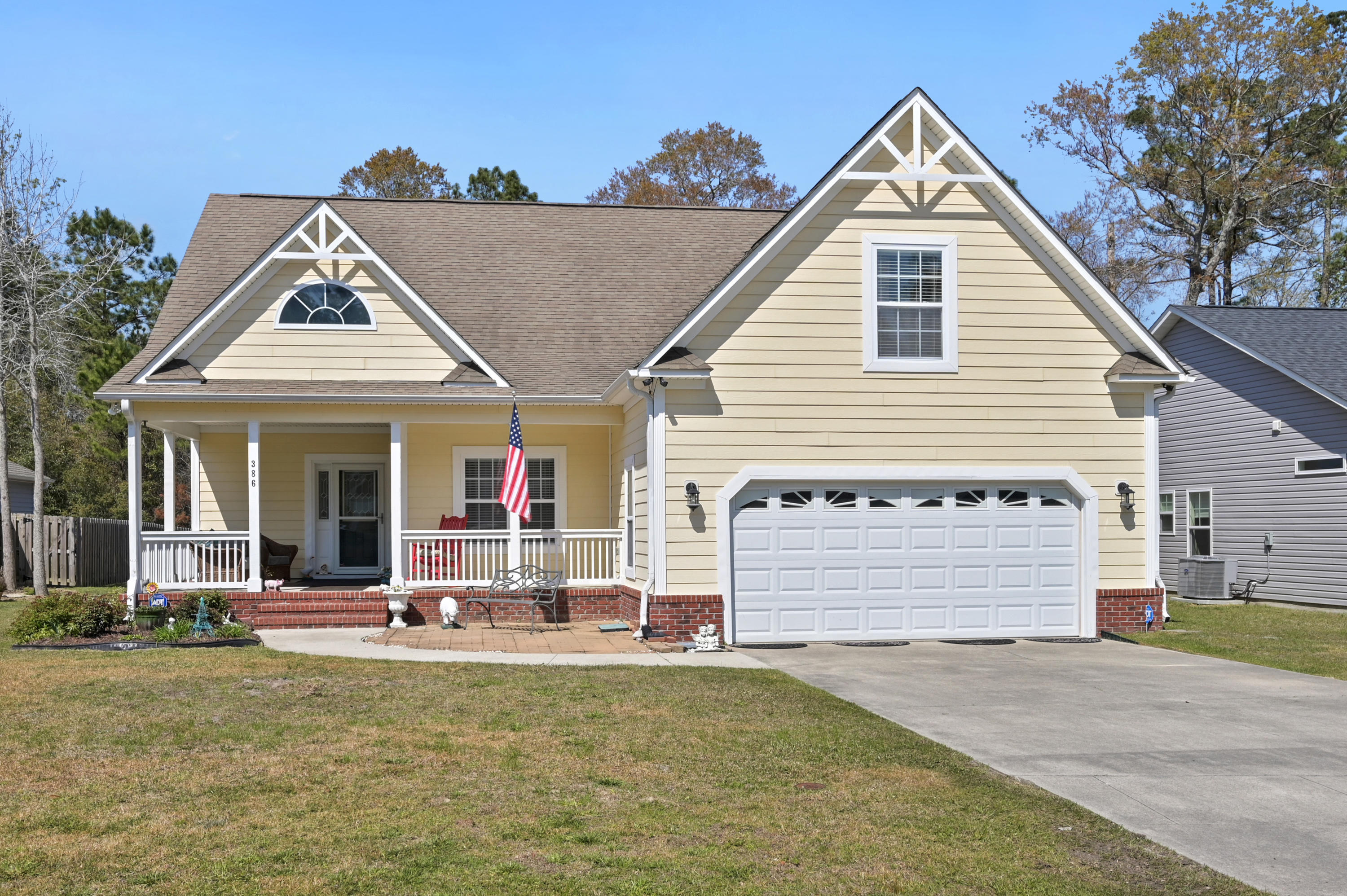 386 Southbend Court Leland, NC 28451