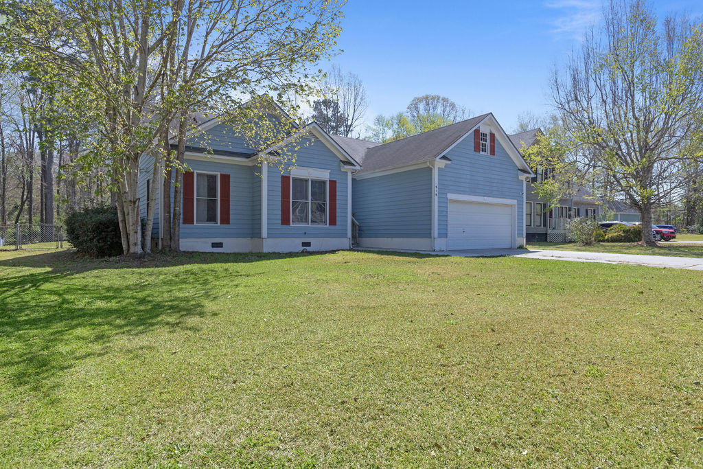 Welcome Home! 916 Mandarin Trail sits comfortably close to MCAS New River, Camp Lejeune, shopping centers, restaurants, and near the beaches. 916 Mandarin Trl is nested in the Mallard Creek Subdivision which is known for its mature trees and family friendly neighborhood. This is also outside the city limits and no HOA, win win! The first thing you'll notice as you walk in is the tall ceilings in the living room and throughout the house. This makes every space feel very spacious and open so you can enjoy your home without feeling cramped. You'll also notice the fireplace that's perfect for keeping you nice and warm in the winter as you relax while relieving all the stresses life brings. The formal dining room is a great size for hosting friends and family for those special occasions. The galley kitchen and pantry will suit any chief well as it has  great space to move around as well as storage we all need. The master bedroom is just as equipped in space and storage. The walk in closet is a huge bonus with this house so if you are looking for more closet space, you'll love this one. You'll also appreciate a dual vanity in the master bathroom as well as a soak in tub for those long days and a walk in shower for those early mornings. For those looking to build a home gym or workshop at home, you'll be very impressed with the two car garage and it's height. The backyard won't let you down. It's wooded and feels like you have your own slice of nature. The deck is great for those summer BBQs around the corner. With all this home has to offer, don't delay, schedule your showing today!