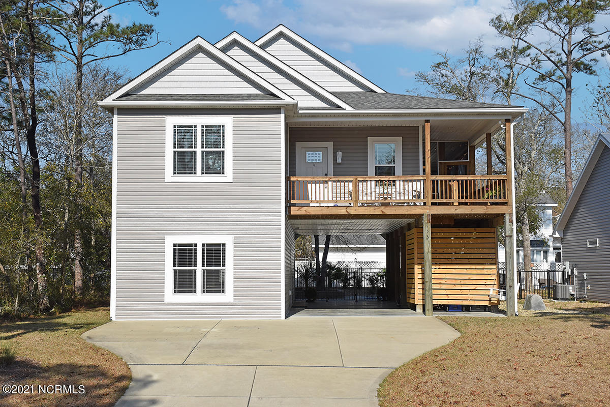 153 NE 18th Street Oak Island, NC 28465