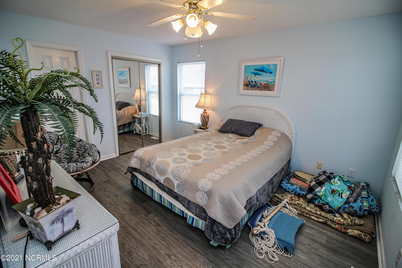 124 W Dolphin Drive Oak Island, NC 28465