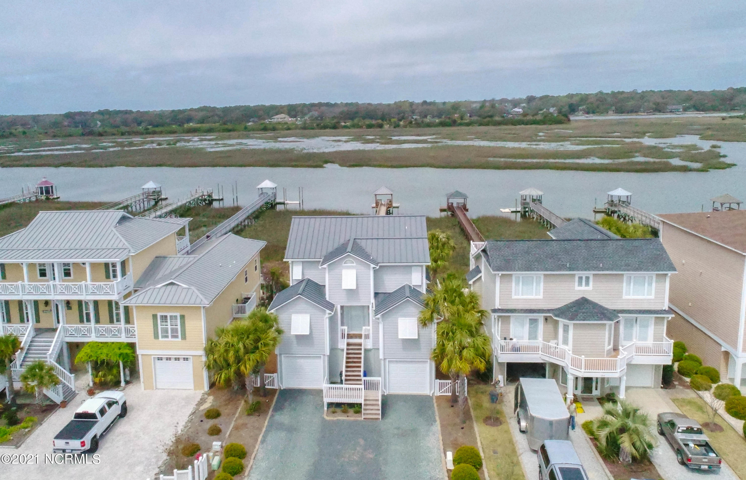 186 W Fourth Street Ocean Isle Beach, NC 28469