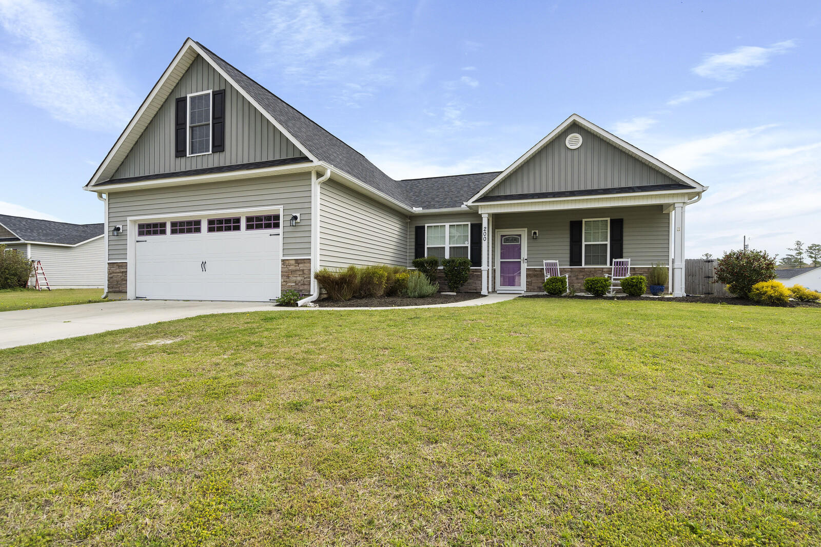 This beautiful home is just a short drive from Camp Lejeune shopping and beaches.  This home has a spacious back yard perfect for kids and entertaining. Very spacious floor plan with large kitchen for cooking and entertaining, stainless steel appliances, and lots of cabinet space. Low maintenance floors throughout the living room, foyer, kitchen and formal dining area. Large upstairs room, and three bedrooms downstairs. Bring your buyers, all offers are welcome and will be considered!