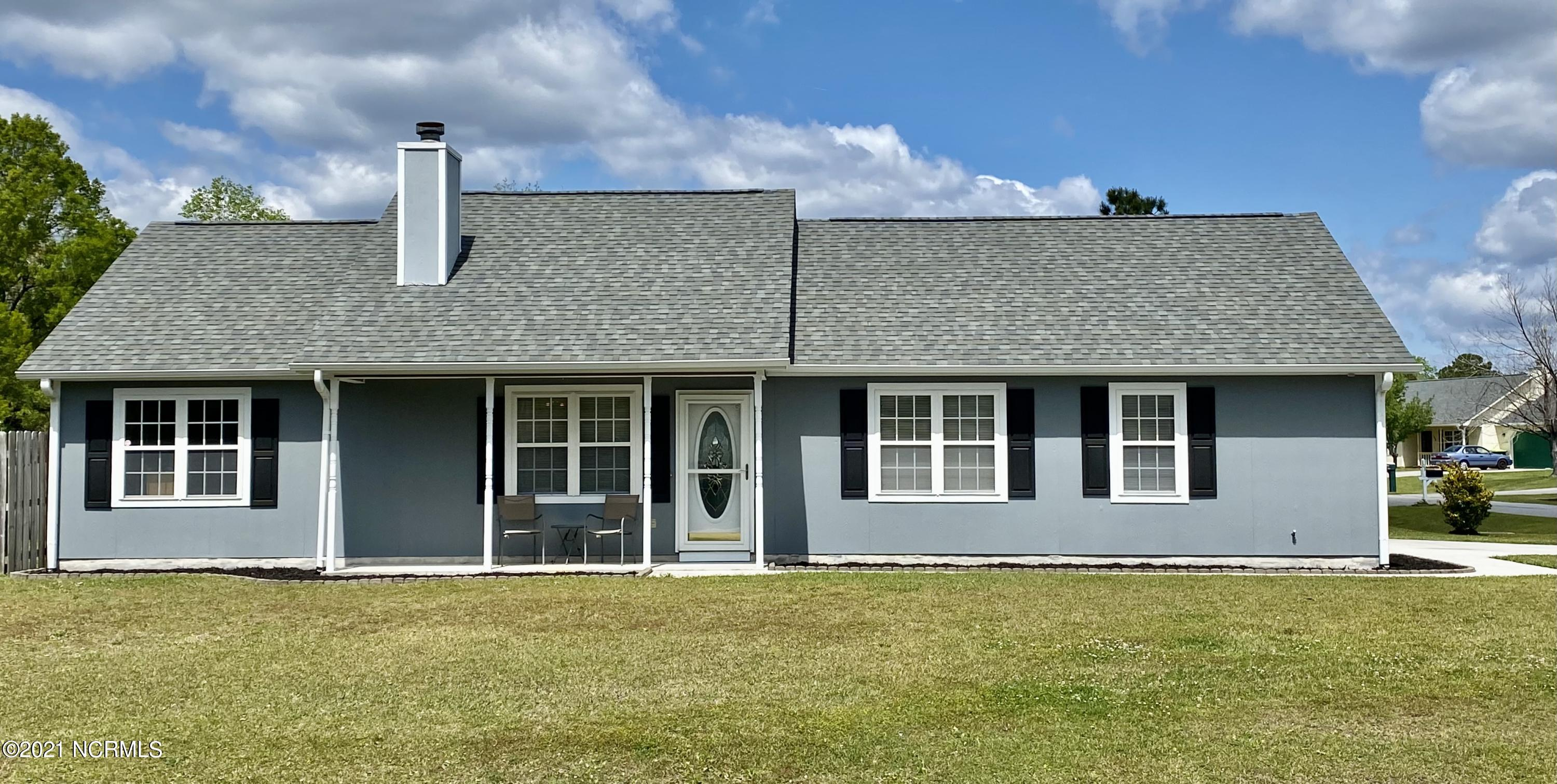 Impeccably maintained home in the Foxtrace Subdivision.  This 3 Bedroom, 2 Bath split-level home features fresh paint throughout, hardwood floors, wood-burning fireplace, and a fully fenced in back yard with a large storage shed.  Conveniently located near the back gate of Camp Lejeune and only minutes to local beaches.