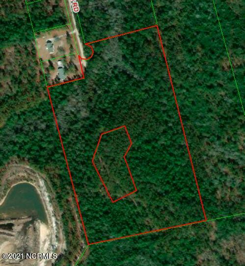 Nestled in between Jacksonville & Richlands, this tract is perfectly positioned for your own little piece of heaven. This 22 acres tract has 2 acres cleared and ready for you to build your dream home and there's also a new metal workshop with roll up doors on site. Don't miss out on this one of a kind property! Call today for more information!