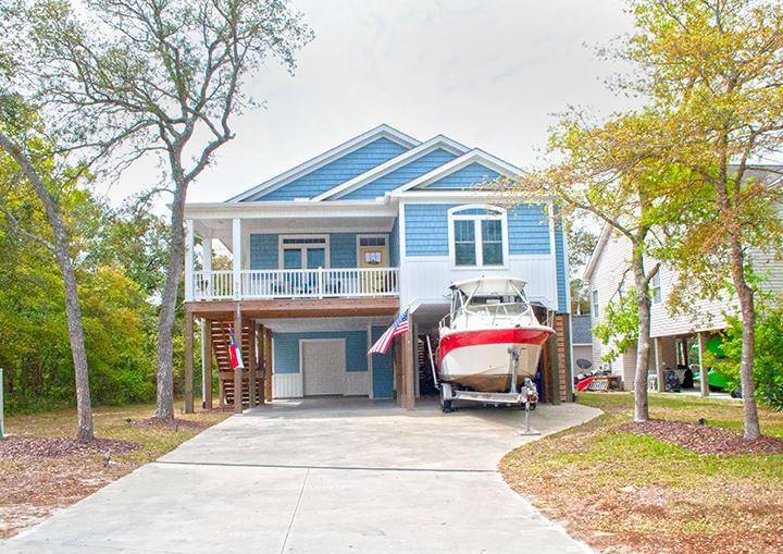 2703 E Oak Island Drive Oak Island, NC 28465